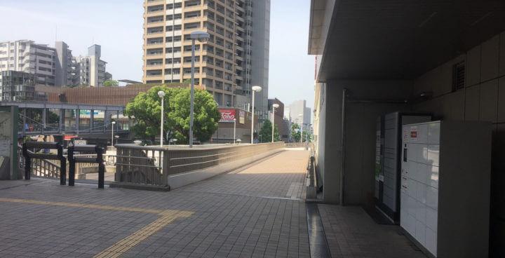JR六甲道の南口を出たところ2